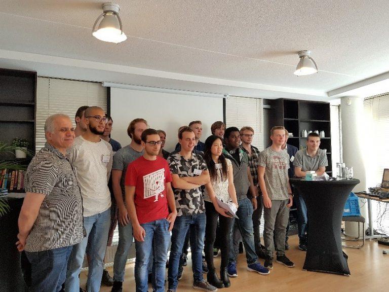 ICT Lab Utrecht reikt certificaten uit aan studenten ICT College en Hogeschool Utrecht